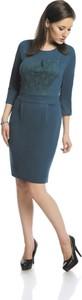 Sukienka Fokus ołówkowa z okrągłym dekoltem z długim rękawem