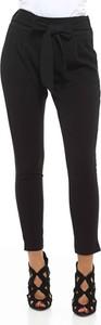 Czarne spodnie Manoukian