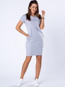 Sukienka Ptakmoda.com z krótkim rękawem z dresówki dopasowana