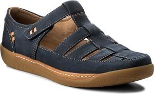 Sandały clarks na platformie na rzepy z nubuku