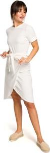 Sukienka Merg z okrągłym dekoltem w stylu casual