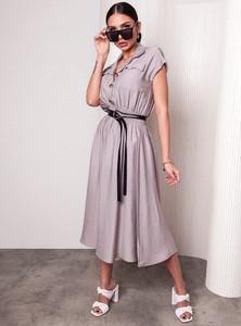 Sukienka SELFIEROOM z dekoltem w kształcie litery v z krótkim rękawem midi