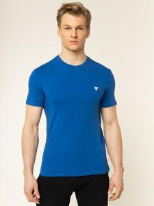 Niebieski t-shirt Guess z krótkim rękawem