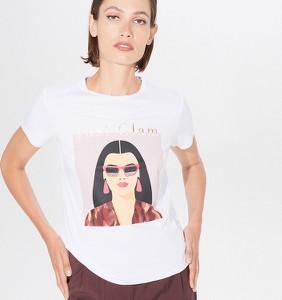T-shirt Mohito w młodzieżowym stylu z okrągłym dekoltem z krótkim rękawem