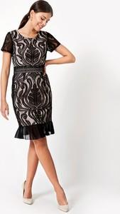 Sukienka Molton dopasowana