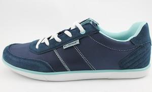Granatowe buty sportowe McArthur sznurowane z płaską podeszwą w sportowym stylu
