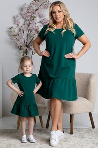 Zielona sukienka KARKO trapezowa z tkaniny z krótkim rękawem