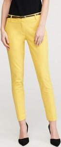 Żółte spodnie Reserved w stylu casual