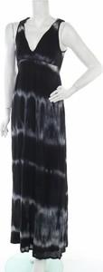 Sukienka Second Female maxi z dekoltem w kształcie litery v