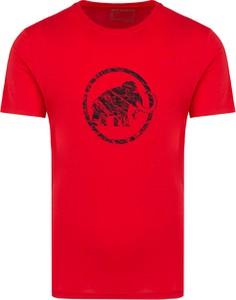 Czerwony t-shirt Mammut z bawełny