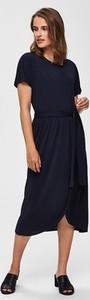 Sukienka Selected Femme z okrągłym dekoltem midi