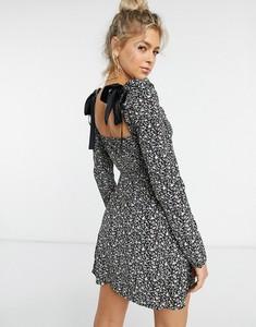 Czarna sukienka NaaNaa mini