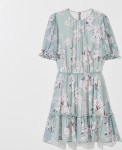 Sukienka Mohito z krótkim rękawem mini z szyfonu