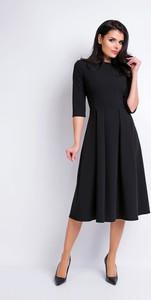 Czarna sukienka Awama z dekoltem w łódkę