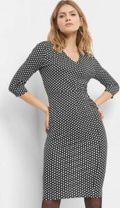 7fc47d171415fe Sukienki dopasowane, kolekcja zima 2019
