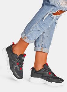 Czarne buty sportowe DeeZee sznurowane w sportowym stylu