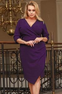 Fioletowa sukienka KARKO z dekoltem w kształcie litery v z długim rękawem