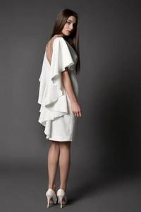 Sukienka Rahri z tkaniny z krótkim rękawem midi