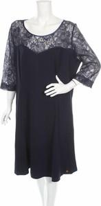 Granatowa sukienka Belloya z okrągłym dekoltem z długim rękawem