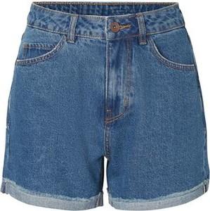 Niebieskie szorty Vero Moda z jeansu w wakacyjnym stylu