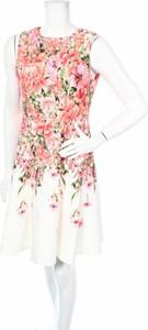 Sukienka Melonie T z okrągłym dekoltem rozkloszowana mini