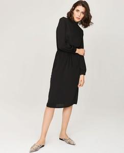 b09f9e32c4 eleganckie tkaniny na sukienki - stylowo i modnie z Allani