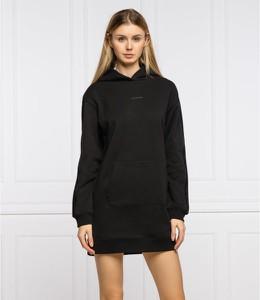 Czarna sukienka Calvin Klein z długim rękawem