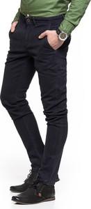 Granatowe spodnie Wrangler