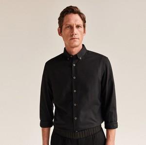 Koszula Reserved z długim rękawem z kołnierzykiem button down z bawełny