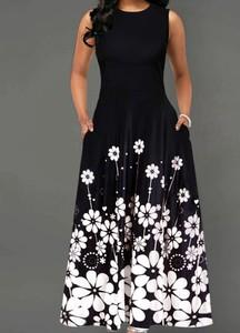 Czarna sukienka Arilook z okrągłym dekoltem bez rękawów