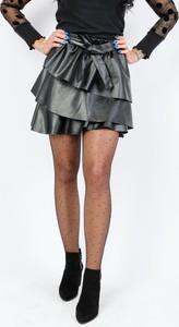 Czarna spódnica Olika mini w młodzieżowym stylu ze skóry