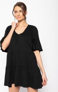 Czarna sukienka Banana Moon z krótkim rękawem mini