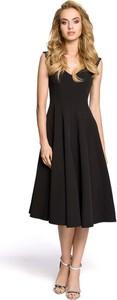 Czarna sukienka MOE z dekoltem w kształcie litery v midi