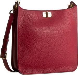 979a1d4994628 Czerwona torebka Michael Kors na ramię w stylu casual duża