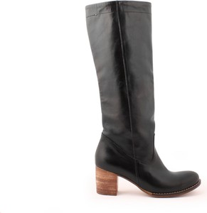 Kozaki Zapato