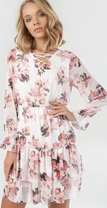 Sukienka born2be z długim rękawem mini