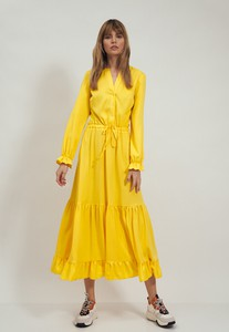 Żółta sukienka Nife z długim rękawem w stylu casual z dekoltem w kształcie litery v