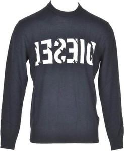 Sweter Diesel z wełny w młodzieżowym stylu