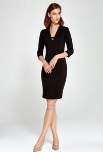 Czarna sukienka Merg dopasowana z długim rękawem mini