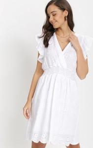Sukienka born2be trapezowa mini z krótkim rękawem