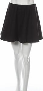 Czarna spódnica Only mini ze skóry w stylu casual