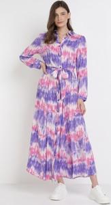 Fioletowa sukienka born2be z długim rękawem maxi