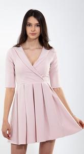 Różowa sukienka Justmelove z długim rękawem z bawełny