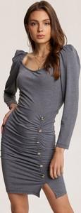 Sukienka Renee dopasowana mini z długim rękawem