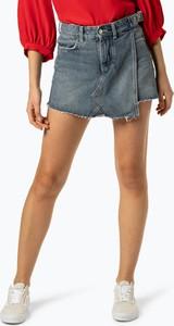 9b18fb6aef8eb Niebieskie szorty Guess Jeans