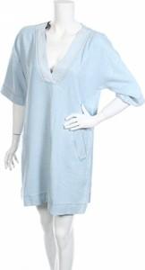 Niebieska sukienka Denham prosta z krótkim rękawem mini