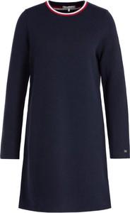 Granatowa sukienka Tommy Hilfiger z długim rękawem w stylu casual