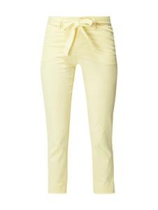 Żółte jeansy Cambio w street stylu