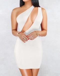 Sukienka Kendallme bez rękawów dopasowana