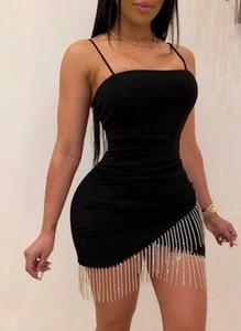 Czarna sukienka Arilook mini na ramiączkach